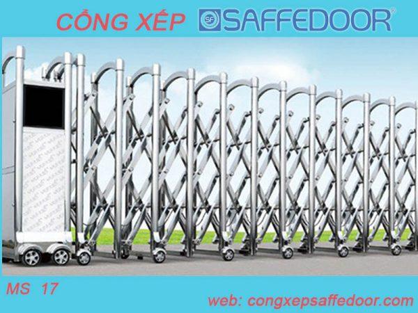 cổng xếp inox tại tp hcm